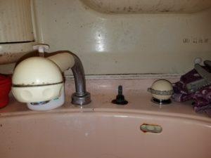 北九州市小倉北区で洗面台の蛇口水漏れトラブル