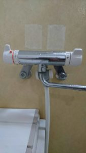 北九州市戸畑区で浴室の蛇口交換作業