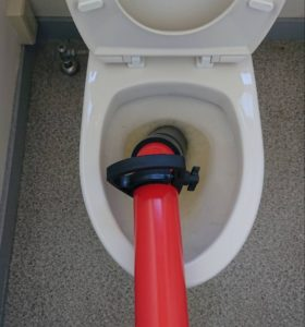 北九州市門司区でトイレのつまりを修理。3980円