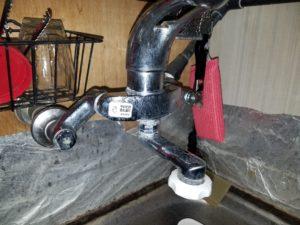 北九州市小倉北区でキッチンの蛇口水漏れを修理。